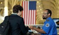 Rancangan  anggaran keuangan  federal AS  memperketat program pemberian  bebas visa.
