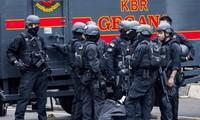 Aljazair dan Indonesia  menangkap 20 anasir  teroris  yang bersangkutan dengan IS