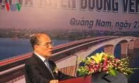 Ketua MN Nguyen Sinh Hung  menghadiri acara peresmian jembatan Cua Dai, provinsi Quang Nam
