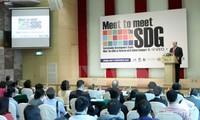 Membantu para badan usaha Vietnam melaksanakan target-target  perkembangan yang berkesinambungan