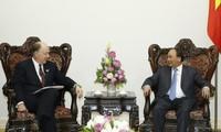 PM Vietnam, Nguyen Xuan Phuc  menerima  delegasi Dewan Bisnis AS-ASEAN
