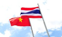 Memperkuat  pertukaran  dagang dan investasi Vietnam-Thailand