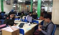 Mendorong cepat laju pelaksanaan Proyek induk menyederhanakan prosedur administrasi  dan  surat-surat keterangan warga negara