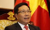 Deputi PM, Menlu Pham Binh Minh mengadakan pertemuan bilateral dengan para  Kepala Negara dan pemimpin dari beberapa negara