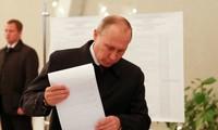 Partai  Rusia Bersatu  yang berkuasa merebut 51 persen jumlah suara