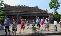 Lebih dari satu juta turis  mancanegara  mengunjungi ibukota kuno Hue