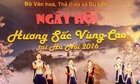 """Pembukaan  Pesta: """"Aroma Daerah Pegunungan di kota Hanoi-2016"""""""