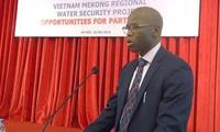WB  membantu  Vietnam di bidang peseronisasi badan usaha
