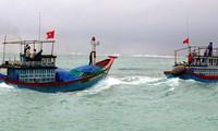 Kaum nelayan di daerah Trung Bo Selatan menggeliat ke lapangan perikanan  tradisional  Truong Sa