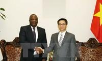 Vietnam bersedia berbagi pengalaman perkembangan telekomunikasi dengan Angola