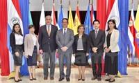 Vietnam dan Paraguay mendorong pertukaran dagang