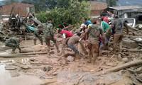 Kekuatan fungsional  berupaya menyelamatkan korban tanah longsor