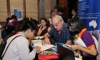 Kira-kira 60 basis pendidikan asing ikut serta pada Hari Pendidikan Tinggi Internasional Vietnam-tahun 2017