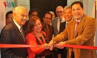 Memperingati ultah ke-50 Hari berdirinya ASEAN di banyak negara