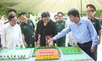 Tidak henti-hentinya memupuk solidaritas istimewa  dan hubungan persahabatan  tradisional Vietnam dan Laos