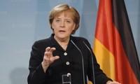 Kanselir Jerman, Angela Merkel menegaskan akan tidak memangkas kesejahteraan sosial untuk meningkatkan belanja pertahanan