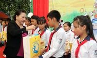Ketua MN Vietnam, Nguyen Thi Kim Ngan mengunjungi provinsi Tuyen Quang
