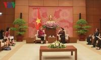 Ketua MN Vietnam, Nguyen Thi Kim Ngan menerima Direktor Nasional UNDP yang baru di Vietnam