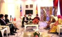 Delegasi Partai Komunis Vietnam menghadiri Kongres Partai  yang berkuasa di Malaysia