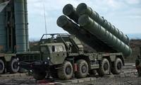 Rusia dan Turki melaksanakan  perdagangan alat  persenjataan  militer sebesar 2,5 miliar USD