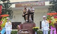 """Meresmikan Tugu Monumen Peringatan : """"Pasukan Komando Kota  menyerang  Radio Sai Gon tahun 1968"""""""