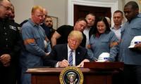 AS mempertimbangkan  kemungkinan  membebaskan tarif impor aluminium dan baja  terhadap banyak negara