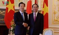 Presiden Viet Nam, Tran Dai Quang  menerima Ketua Partai  Komito dari Jepang