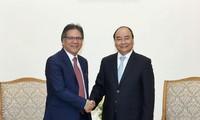 PM Viet Nam, Nguyen Xuan Phuc menrima Direktur Jenderal Badan Pengelolaan dan Penjaminan Efektivitas  Pemerintah Malaysia
