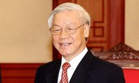 Pendapat-pendapat yang diberikan rakyat tentang terpilihnya Sekjen   KS PKVmenjadi  Presiden  oleh MN Viet Nam