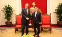 Jerman menghargai hubungan persahabatan tradisional dan kerjasama di banyak segi dengan Viet Nam