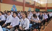 Meresmikan Sekolah Menengah Atas Xithanaxay-Bingkisan yang dihadiahkan oleh Sekjen, Presiden Viet Nam, Nguyen Phu Trong  kepada Provinsi Bolikhamxay (Laos)