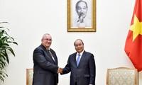 PM Viet Nam, Nguyen Xuan Phuc  menerima Dubes Kerajaan Belgia untuk Viet Nam, Paul Jansen