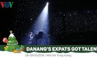 Memberikan hadiah Festival kesenian asing di Kota Da Nang