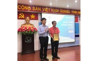 "Kota Ho Chi Minh : Memberikan hadiah sayembara: ""Gagasan komunitas tahun 2018"""