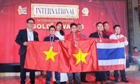 "Rombongan pelajar Kota Ha Noi  mencapai prestasi di sayembara: ""Menemukan talenta matematika intenasional"" tahun 2019"