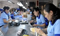 ILO: Persentase kaum perempuan yang bisa mendekati lapangan kerja jelas lebih sedikit  terbanding dengan kaum pria