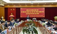 Deputi PM Viet Nam, Vuong Dinh Hue meminta kepada Provinsi Cao Bang supaya memperhatikan strategi  zona-zona wisata