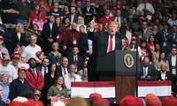 Presiden AS. Donald Trump mengutuk anti-Semitisme setelah  penembakan  di  California