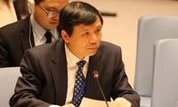 """Viet Nam  yang mewakili ASEAN  berkomitmen akan memberikan sumbangan pada upaya  bersama """"Melindungi penduduk sipil dalam bentrokan bersenjata"""""""