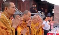 Provinsi Cao Bang:  Upacara mengheningkan  cipta  dan doa arwah  untuk  para martir