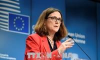 Uni Eropa  bersedia mengenakan tarif sebanyak 35 miliar Euro terhadap barang impor dari AS