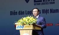 Deputi PM Vuong Dinh Hue: Meningkatkan daya saing  dan perkembangan jasa logistik