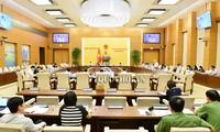 Komite Tetap MN Viet Nam meminta  supaya meningkatkat lebih lanjut lagi hak dan tanggung jawab  dari para pemuda