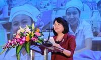 """Wapres Viet Nam, Ibu Dang Thi Ngoc Thinh menghadiri Program: """"Pesta Buruh-Pasaran Persahabatan-tahun 2019"""""""
