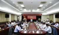 Kepala Departemen Hubungan Propaganda  KS PKV menerima para  Kepala  Kantor Perwakilan Vietnam di luar negeri masa bakti 2019-2022