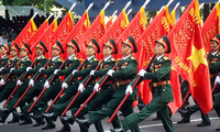 Memperingati HUT ke-75 berdirinya Tentara Rakyat Vietnam: Meneruskan tradisi  herioik