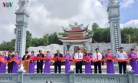 PM Nguyen Xuan Phuc menghadiri  acara meresmikan Kuil pemujaan untuk para martir Nui Que-Anh Linh Dai
