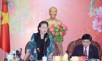 Ketua MN Nguyen Thi Kim Ngan mengadakan temu kerja dengan para pemimpin Provinsi Dac Lac