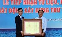 Kota Da Nang  menerima dokumen dan benda bernilai  yang menegaskan kedaulatan Vietnam terhadap kepulauan Hoang Sa