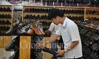 Cabang  alas kaki   Vietnam menargetkan akan mencapai nilai ekspor  sebesar 24 miliar USD
